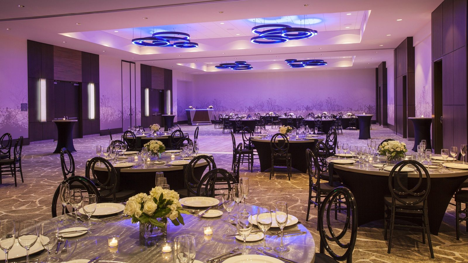 Wedding Reception Venues Milwaukee | The Westin Milwaukee